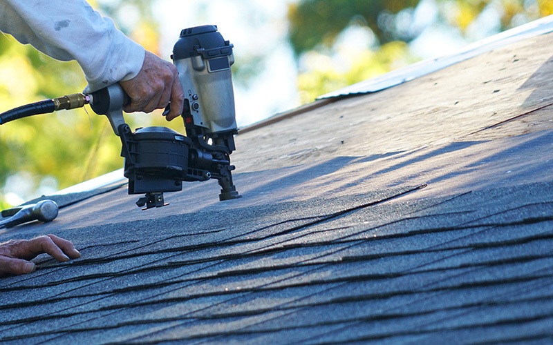 roof repair and replacement services